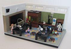 yvonnedoyle - http://makezine.com/2013/10/22/fan-built-lego-friends-science-class/