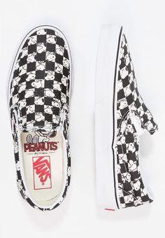 81f3cd8ee 21 Best Colecciones especiales  Vans x Peanuts images