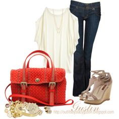 Love top.  I might try to make that.  Don't like the shos or the bag though.