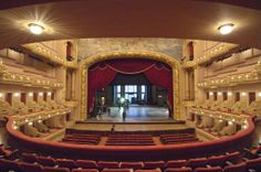 I see the proscenium arch I think it looks really nice I wonder how it would look, if it was houseful