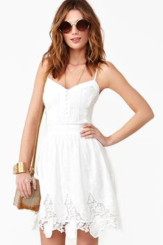Love white summer dresses!!!!