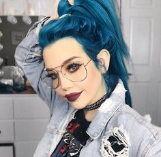 to give your hair an edge? Then check out these 35 edgy hair color ideas Looking to give your hair an edge? Then check out these 35 edgy hair color ideas…Looking to give your hair an edge? Then check out these 35 edgy hair color ideas… Hair Color Blue, Hair Dye Colors, Cool Hair Color, Edgy Hair Colors, Lip Colors, Blue Gray Hair, Creative Hair Color, Lipstick Colors, Gray Color
