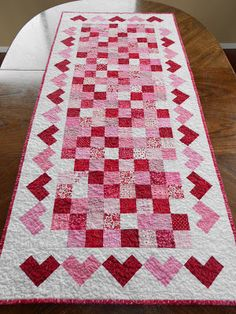 Calicos In Bloom: Valentine's Day Table Runner & Hotpads Tablerunners, Quilted Table Toppers, Quilted Table Runners, Table Runner And Placemats, Thanksgiving Table Runner, Patchwork Table Runner, Quilting Projects, Quilting Designs, Quilting Ideas