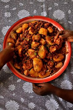 If ever there is a list of comfort foods here in Uganda, katogo must be first on that list. Katogo basically means adding whatever ingredients available in a sauce pan and putting them on a stove…