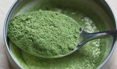 The world first heard about spirulina few years ago. It was first thought to be the green miracle powder of the sea, and the secret weapon of Aztecs. Today we know that spirulina offers tons of protein for. Herbal Remedies, Natural Remedies, Spirulina Powder, Salud Natural, Rich In Protein, Fat Burning Drinks, Nutrition, Perfect Food, Healthy Recipes