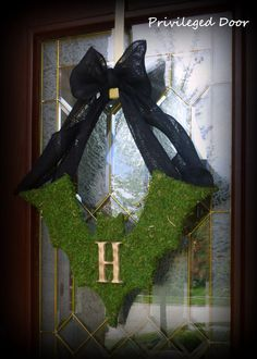 XL Moss Covered Bat with Custom Woodfired Monogram and Black Burlap Bow. A Rustic Chic Halloween Awaits You. Chic Halloween, Halloween Trees, Halloween Door, Halloween Projects, Holidays Halloween, Vintage Halloween, Halloween Decorations, Holiday Crafts, Holiday Fun