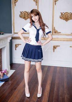 https://i.pinimg.com/236x/59/9c/f1/599cf13252aae9fc1e04fc7835293285--schoolgirl-cute-girls.jpg