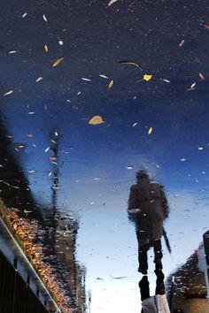 Rain reflection photos by Manuel Plantin - Yodamanu Reflection Photos, Reflection Photography, Street Photography, Art Photography, Contemporary Photography, Cool Pictures, Beautiful Pictures, Modern Metropolis, French Photographers