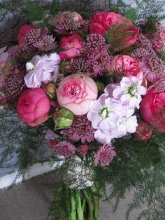 Pink & Lavender Bouquet by Botanic Art Summer Flowers, Love Flowers, Beautiful Flowers, Wedding Flowers, Beautiful Bouquets, Lavender Bouquet, Pink Bouquet, Beautiful Flower Arrangements, Floral Arrangements