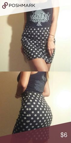 Forever 21 Polka Dot Skirt Cute skirt from Forever 21 with a retro vibe. Size: M. Feel free to ask any questions.(: Forever 21 Skirts Mini