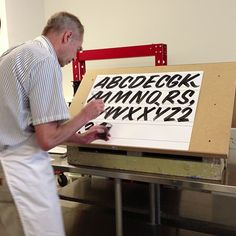 """@Erin B Borreson's photo: """"Today, #johndowner teaches us how the paint the alphabet. #signpainting #sta_chicago"""""""