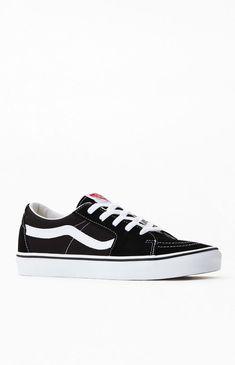 Skate Shoes, Vans Shoes, Shoes Sneakers, Club C 85 Vintage, Vans Sk8 Low, Classic Man, Black Canvas, Vintage Shoes, Me Too Shoes