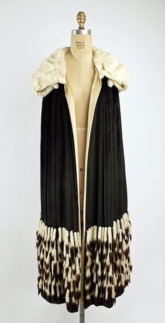 Evening Cape 1927, American, Made of silk and fur