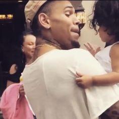 Chris Brown Kids, Chris Brown Funny, Breezy Chris Brown, Chris Brown Wallpaper, Celebs, Celebrities, Baby Daddy, My King, Celebrity Crush