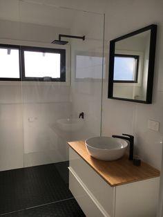 Ikea Bathroom, White Bathroom, Bathroom Ideas, Bathrooms, Ikea Nissedal, Ikea Mirror, Black Mirror, Bad, Double Vanity