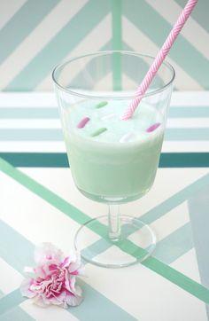 Minty milkshake with