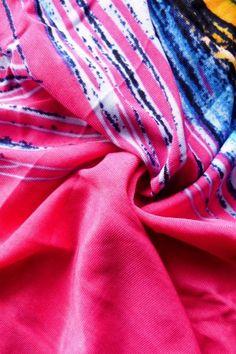 http://www.a-moda.cz/damske-saty/dlouhe-letni-saty-bez-raminek---i-v-xxl-cervene/