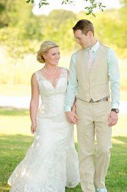 Sarah + Sam's Romantic Countryside Wedding | Two Birds One Stone Wedding {Abilene, TX Wedding Photographer} | bride, groom, couples, wedding photos, wedding pictures, outdoor, outdoor wedding, rustic