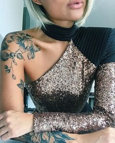 There are many explanations for why girls love tattoos. Small tattoos arrive in various styles and you may choose according to your own personal taste. A lot of people prefer small tattoos since they are simple to hide and look… Continue Reading → Cool Shoulder Tattoos, Half Sleeve Tattoos For Guys, Shoulder Sleeve Tattoos, Flower Tattoo Shoulder, Flower Sleeve, Shoulder Tattoo Female, Forearm Tattoos For Women, Female Tattoo Sleeve, Cherry Blossom Tattoo Shoulder