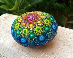 Mandala, Dot Art, arcobaleno di pietra.
