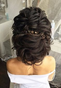 [tps_header]Having long hair is perfect as you can create lots and lots of various hairstyles in any style you prefer. We've surfed through Instagram to find some of the most incredible  wedding hairstyles so that you...