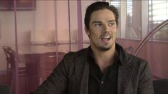 """Jay Ryan sits down with us and talks about his role as Vincent/Beast in upcoming series """"Beauty and the Beast"""" premiering October ET Ryan Videos, Vincent Keller, Jay Bunyan, Vincent And Catherine, Upcoming Series, Kristin Kreuk, Cute Actors, Beautiful Smile, Beauty And The Beast"""