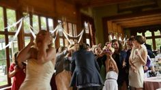 Johana Švarcová natáčí krátký satirický film ze svatebního prostředí. Experimentální natáčení formou 1denního happeningu na 3 kamery a 3 zvukaře. Film, Movie, Film Stock, Cinema, Films