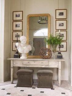 Foyer Table Decor | Color Outside the Lines: The Foyer : Console Tables