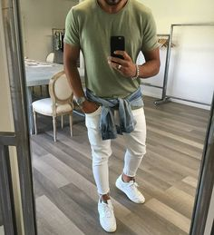 Teen Fashion : Sensible Advice To Becoming More Fashionable Right Now – Designer Fashion Tips Men Looks, Mode Man, Teen Boy Fashion, Le Polo, Casual Wear For Men, Men With Street Style, Herren Outfit, Jackett, Mens Clothing Styles