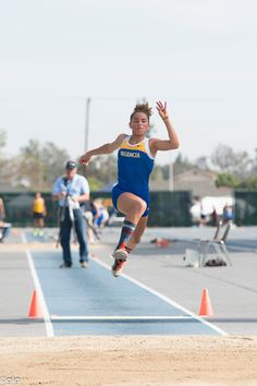 Girls Track and Field: Long Jump Athlete of the Year. My niece, Lily! Track Senior Pictures, Country Senior Pictures, Sports Day, School Sports, Running Pose, California High School, Benefits Of Cardio, Natural Face Lift, Jesse Owens