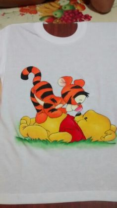 Camiseta infantil pooh e tigrão baby...