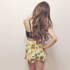 lifesjules in Chestnut Brown Luxy Hair Extensions (and the cutest shorts ever!)   Check out this shade here: http://www.luxyhair.com/collections/all-hair-extensions/products/chestnut-brown