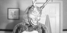 frank the rabbit donnie darko gif Donnie Darko Frank, Bunny Man, Smile Gif, Dark Fairytale, John Malkovich, Wolf Of Wall Street, Gifs, American Psycho, Scary Monsters