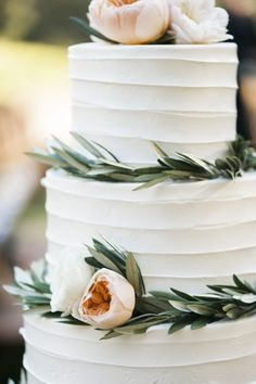 Cake: Moustache Baked Goods - http://www.stylemepretty.com/portfolio/mustache-bakery Photography: Caitlin O'Reilly Photography - caitlinoreillyphotography.com/   Read More on SMP: http://www.stylemepretty.com/2016/10/06/rustic-chic-outdoor-daytime-vineyard-wedding-in-california/