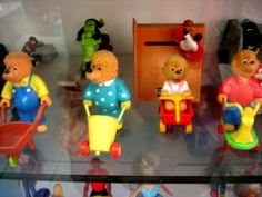 Berenstein Bears happy meal toys..I loved these as a kid...these and the muppet babies happy meal toys!