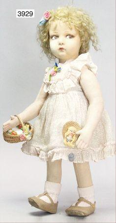 RDL:She looks like a Lenci, Italian  Ladenburger Spielzeugauktion