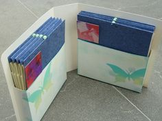 concertina's in een houder / made by Marleen Derweuwen