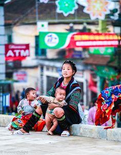 #sapa #vietnam #mother #hmong #myinnercitylight
