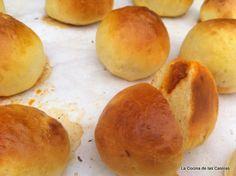 Bollinos de pan blanco rellenos