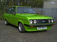 Green RS2000 Classic Fords For Sale, Ford Classic Cars, Ford Rs, Car Ford, Ford Capri, Beetle Car, Old School Cars, Old Fords, Ford Escort