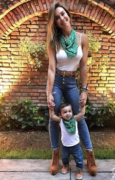 Mom And Baby Outfits, Matching Family Outfits, Outfits Madre E Hija, Baby Boy Fashion, Kids Fashion, Party Wear Frocks, Stylish Little Boys, Baby Boy Swag, Mommy And Son
