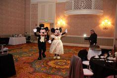 Who showed up at your wedding? Mickey and Minnie? #disneyworldwedding