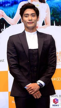 Sung Hoon Hallyu Star, Sung Hoon, Singing, Actors, Fictional Characters, Fantasy Characters, Actor