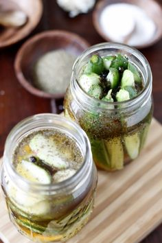 How to make refrigerator pickles.. i hate pickles but carly would love these