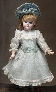 23 DEP doll fully original! Antique dolls at Respectfulbear.com
