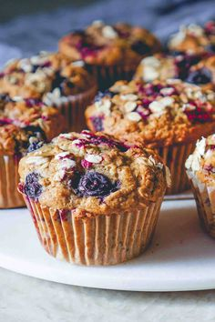 Perfect for a mid-morning snack or even for breakfast, these vegan and gluten-free blueberry muffins couldn't be easier to make. Simple Muffin Recipe, Healthy Muffin Recipes, Healthy Muffins, Vegan Recipes, Vegan Food, Free Recipes, Gluten Free Blueberry Muffins, Vegan Blueberry, Strawberry Muffins