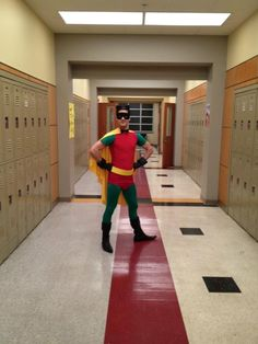 Who is this Cape Crusader that is protecting the hall of McKinley against crimes and Slushie attacks?  Is it Robin ,Batman's sidekick or is it Blaine Anderson(Darren Criss)?  Where is Batman by the way and why is he dressed like a super hero?
