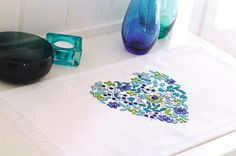 heart table runner: hearts and flowers designed by Lesley Teare