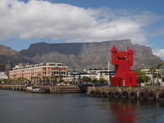 """Porky Hefer Coke crates installation """"Crate Fan"""" Cape Town"""
