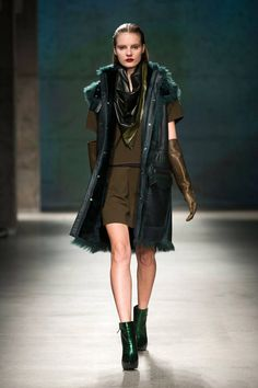Kenneth Cole Fall 2013 Ready-to-Wear Runway - Kenneth Cole Ready-to-Wear Collection